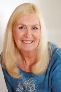 Dr Yvonne Kason